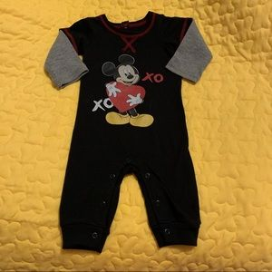 2/$15 Disney Baby Boy 0-3 months Mickey Mouse
